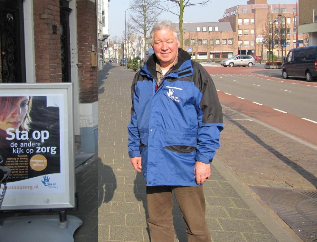 Huib Cornelisse als straathoekwerker bij Sta Op Zorg