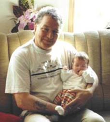 Huib met een kleinkind