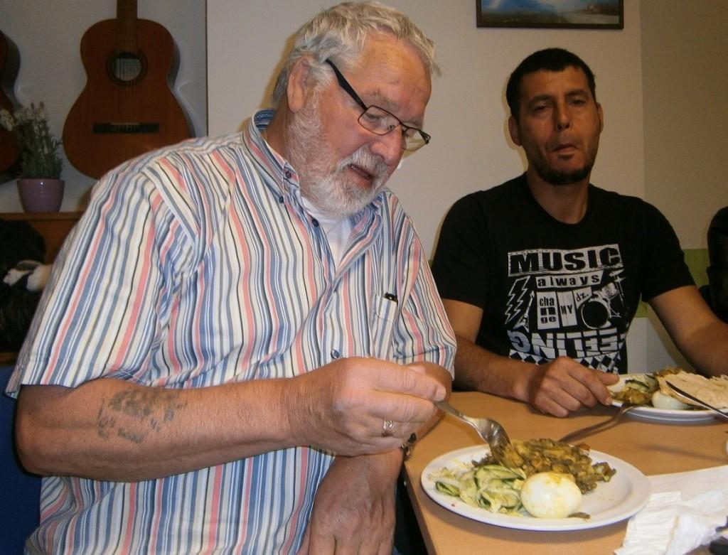 Mimoun heeft bij De Hoop moeten leren om te slikken. Zoals bij het eten is dat maar het beste...